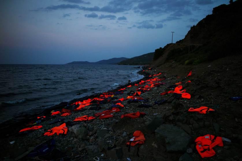 refugees_Tzortzinis_ellines_se