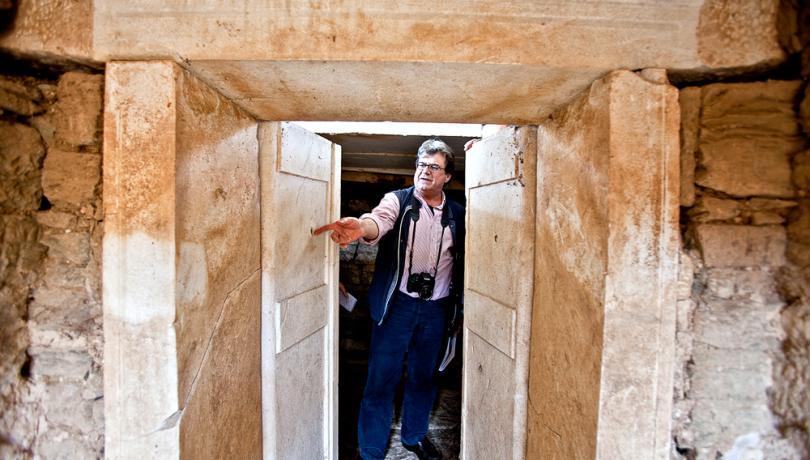 Arkeologen K. Sismanidis